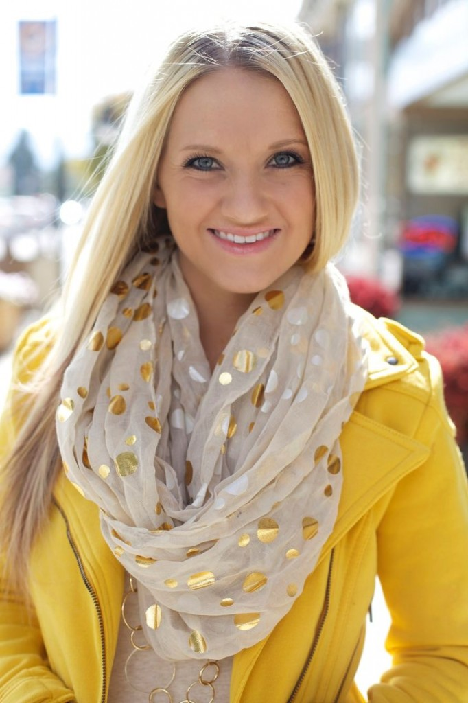 nestonmainstreet_scarf