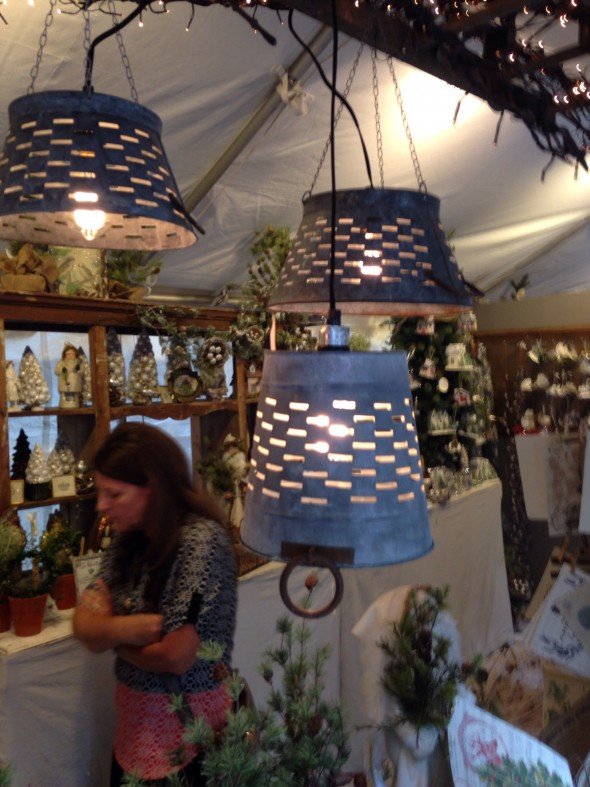CL Fair olive bucket lights