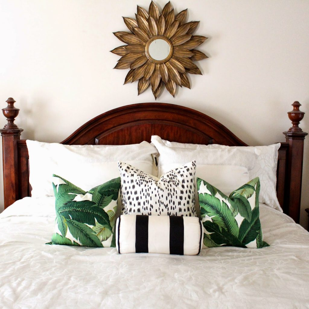 palm print - pillow example